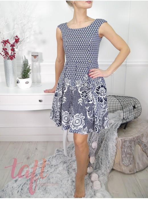 cec28a8ed6d2 Zobraziť produkt · Modré vzorované šaty s tylovou spodničkou